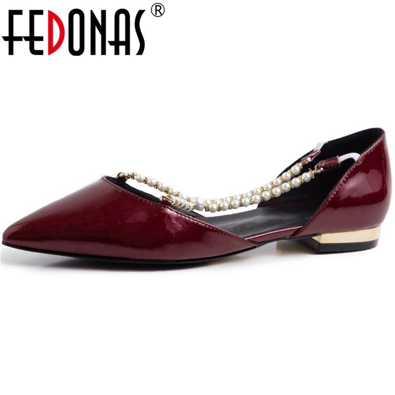 Fedonas 여성 캐주얼 정품 가죽 진주 장식 기본 신발 봄 여름 파티 신발 여자 우아한 로마 얕은 펌프-에서여성용 펌프부터 신발 의  그룹 1