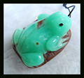 Natural Stone Carved Animal Frog Chrysoprase Necklace Pendant,33*25*13mm,17.3g handmade semiprecious stone  pendant carving