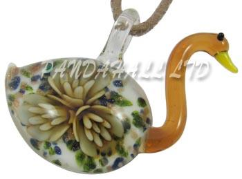 1PC Goose Handmade Lampwork Glass Pendants for Necklaces, with Inner Flower and Gold Sand, Chocolate, Size: about 40mm wide,