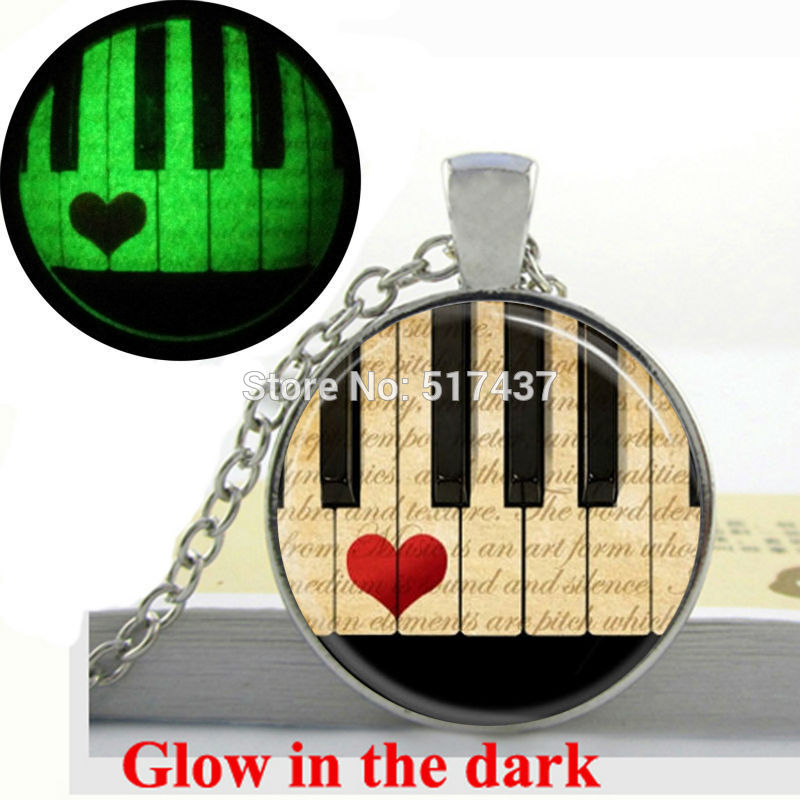 Glow in the Dark Music Jewelry Piano Necklace Black and White Keyboard Art Photo glass dome necklace glowing jewellery
