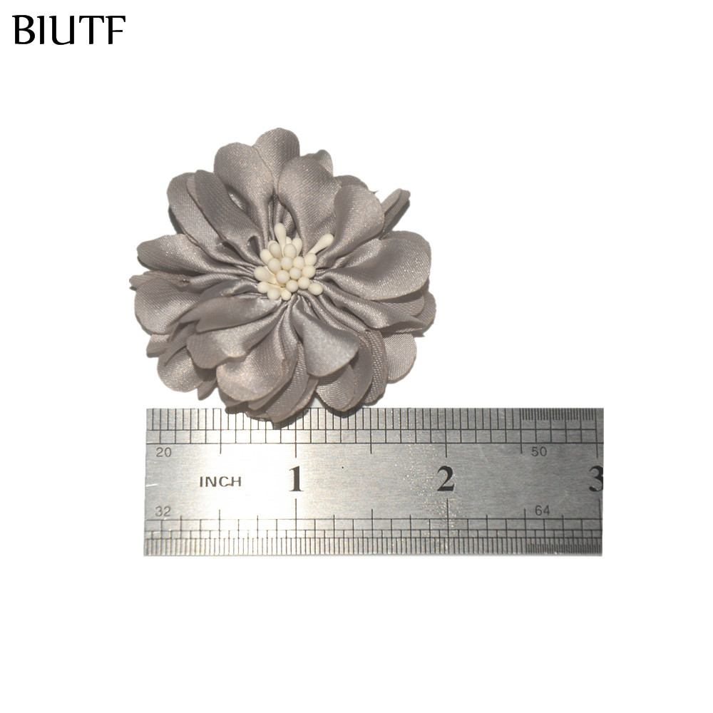 Image 5 - 100pcs/lot 4.5cm Handmade Fabric Flower with Center DIY Boutique Headband & Hairpin Accessories On Sale TH233-in Hair Accessories from Mother & Kids