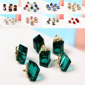 10PCS 8.5mm Cube Glass Beads B
