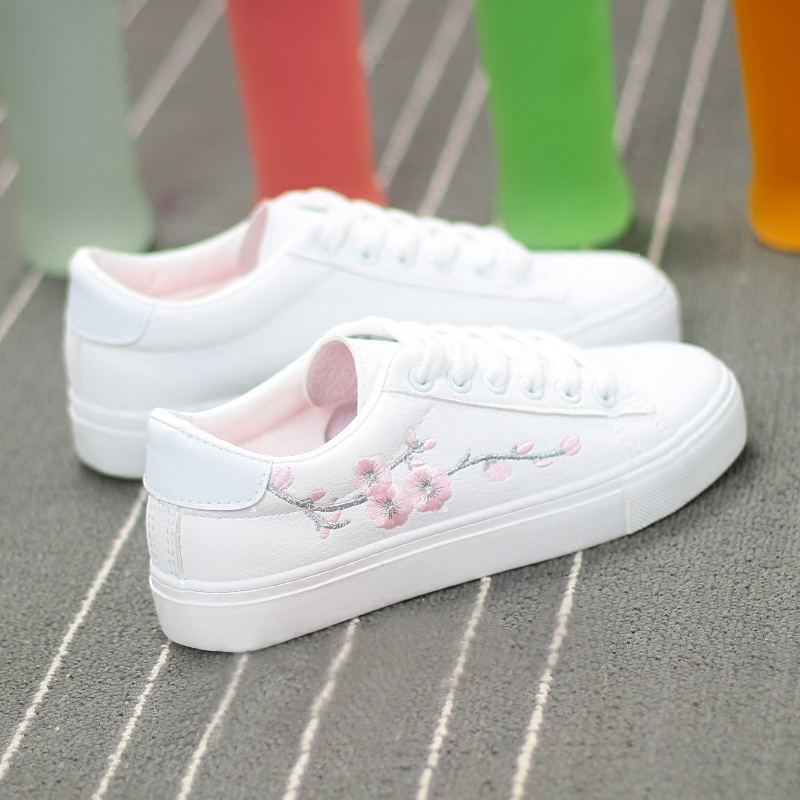 2019 Summer Woman Shoes Fashion New Woman PU Leather Shoes Ladies Breathable Floral Flats Casual Shoes White Sneakers Woman