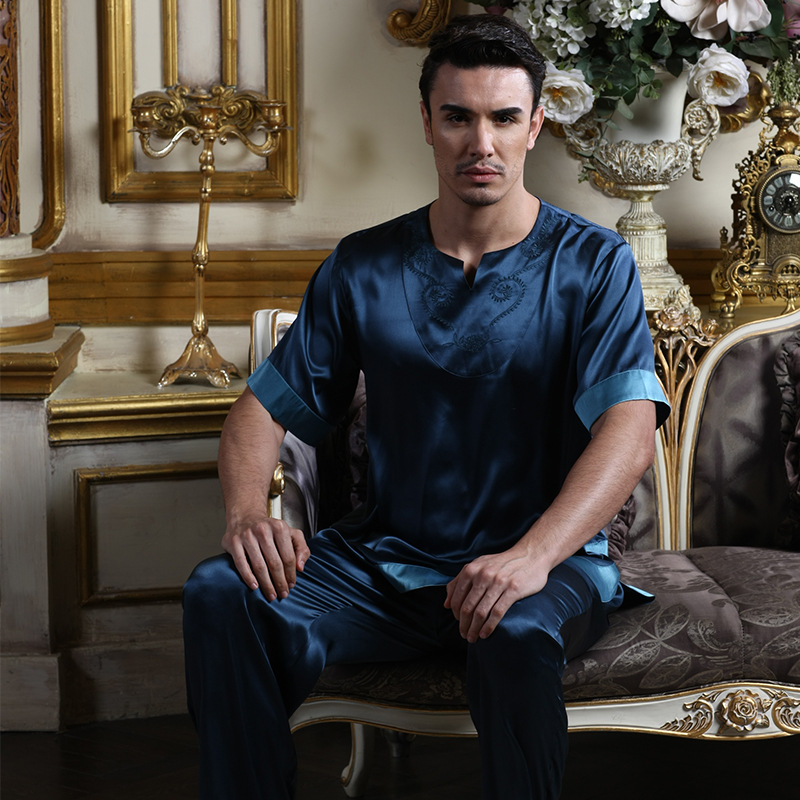 2018 Summer Mens Pajamas Sexy Silk Sleepwear Male Short-Sleeve Shorts 100% Silk Pajamas Chinese Style Men Homewear Sets