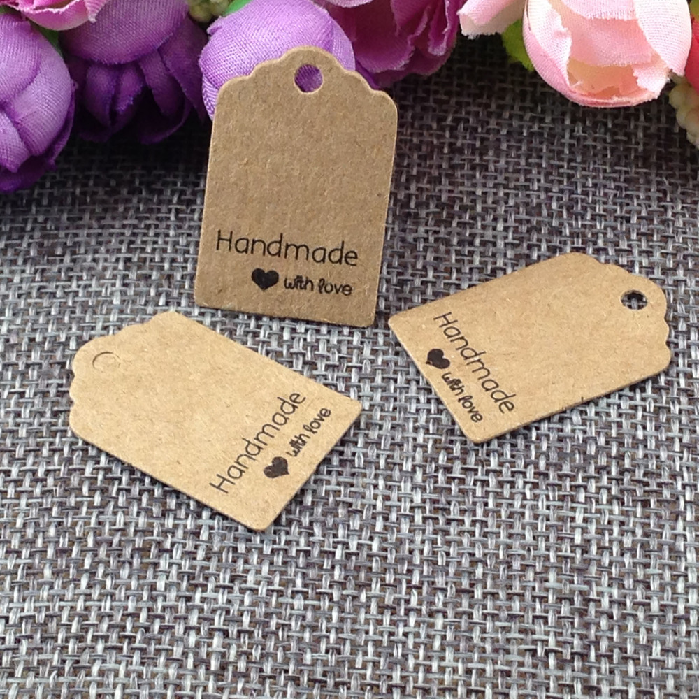 Size:3x2cm Kraft Tags 100PCS /lot Hand Made With Love Kraft Tag For Gift Box And Paper Cards DIY Gift Tags For Handmade Cake