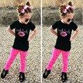 Летняя Мода Дети Устанавливает Девушки Губ Ресниц Черно-Белой Печати Т рубашка и Красные Брюки Брюки 2 шт. Детская Одежда Малыша костюмы