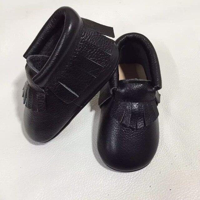 10 пар/лот высокое качество натуральная кожа черный твердые детские мокасины fringe Малыш Новорожденных девочек мальчиков обувь с жесткой подошвой первые ходунки