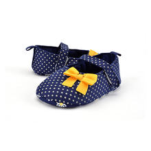 Casual Baby Shoes Anti-Slip Soft Sole Sneakers Cute Round Dot Bowknot First Walking Prewalker Toddlers Crib Shoes Play Mats(China)