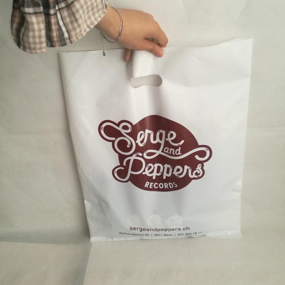 ขายส่ง 500 ชิ้น/ล็อต 35x45H ซม.ขนาดที่กำหนดเองสีขาวพลาสติกบรรจุภัณฑ์ถุงช้อปปิ้งโลโก้พิมพ์สำหรับโฆษณาสำหรับรองเท้า/ผ้า/ของขวัญ-ใน ถุงช้อปปิ้ง จาก สัมภาระและกระเป๋า บน   1