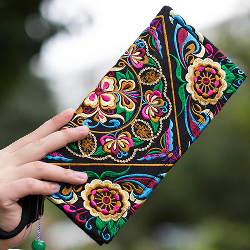 Embroidered Wallet Boho Handmade Large-Capacity Women Purse Day-Clutch Ethnic Long Flowers