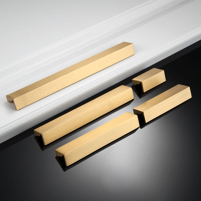 Long Brass Handle L Style Cabinet Handle Knobs Closet Pulls Drawer Bars Brass Strip Furniture Hardware Kitchen Cabinet Accessory