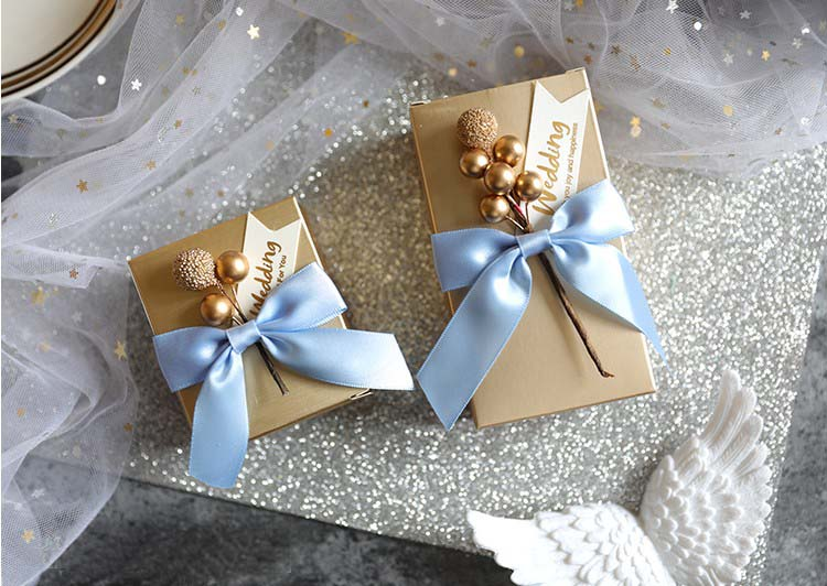 Livraison gratuite 50pcs faveur de mariage or perle amour fruit fleur mignon créatif étoilé ciel bleu boîte à bonbons a coffrets cadeaux pour invité-in Sacs-cadeaux et emballages from Maison & Animalerie    3
