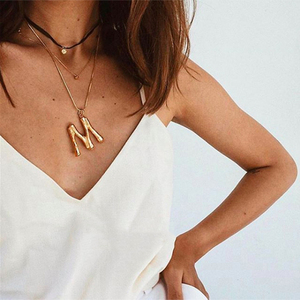 KISS WIFE 1Pcs Exaggerated Fashion Necklace 26 English Alphabet Necklace Gold Color Personality Necklace Pendant For Women 2018