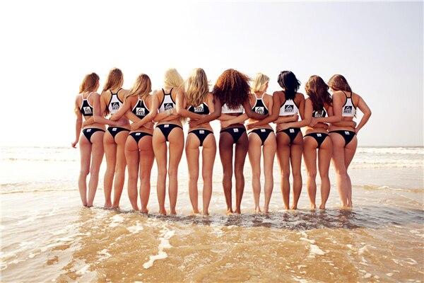 Reef girls ass