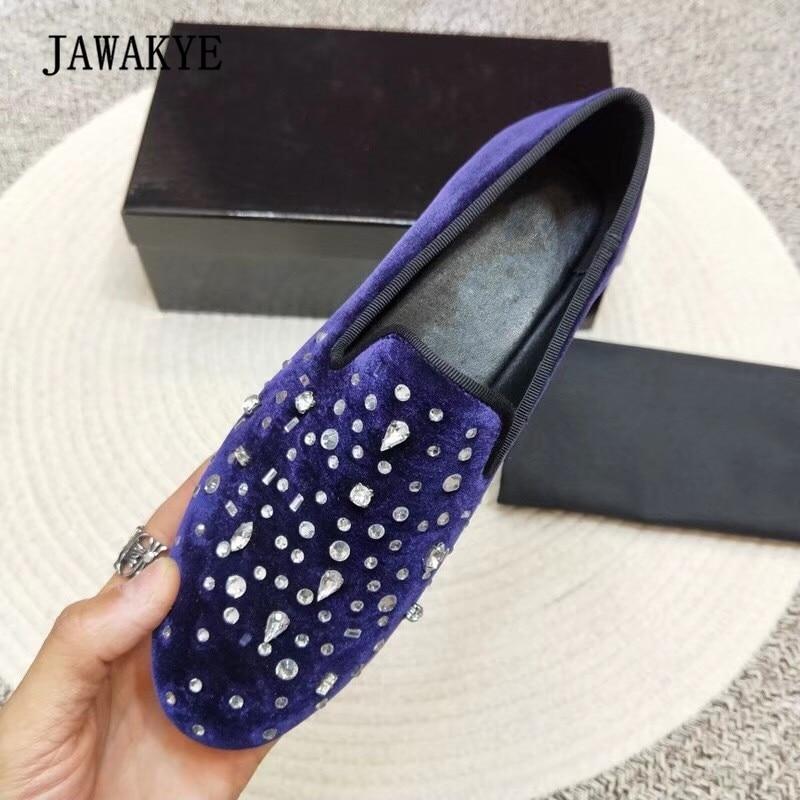 2018 럭셔리 벨벳 남자 신발 라운드 발가락 라인 석 다이아몬드 편안한 패션 로퍼 신발 남자-에서남성용 캐주얼 신발부터 신발 의  그룹 1