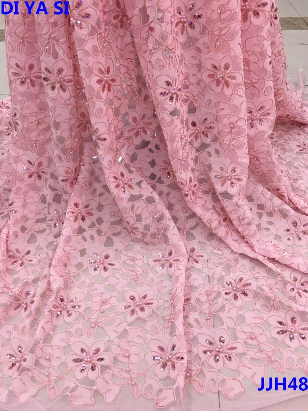 Latest French Lace Fabric 2018 High Quality Wedding African Lace Fabric With Beades 3d Lace Fabric