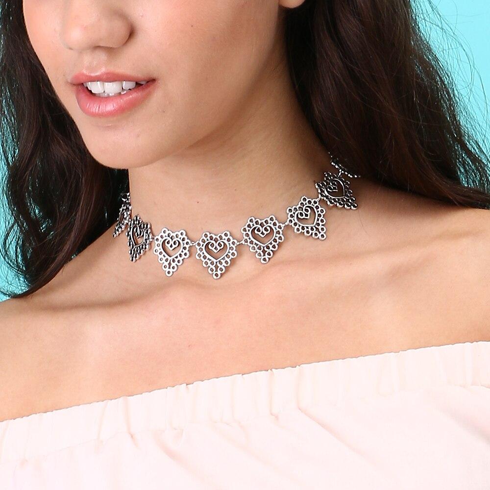 17 Km Vintage Silber Farbe Aushöhlen Herz Halsreifen Halskette Für Frauen Kragen Boho Charme Schlüsselbein Kette Sexy Halskette Schmuck äSthetisches Aussehen