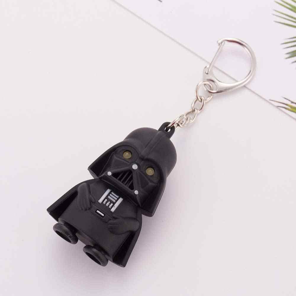 ALIUTOM UMA Venda Directa 2017 Star Wars Darth Vader Chaveiro Luz Negra Pingente de LED KeyChain Para O Presente Do Homem