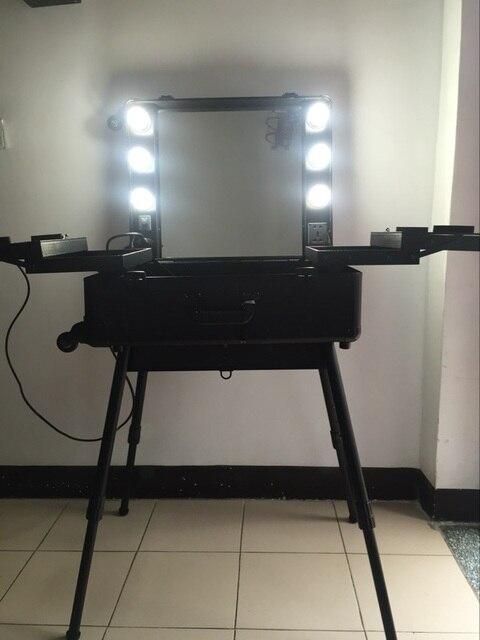Studio Makeup Case With Light Pro Station Bulb