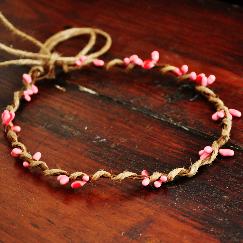 10 PCS Handmade Rustic Dainty Pink Pip Berries Twine Wreath Flower Crown  Festivals Feminine Whimsical Fresh Cute Christmas Gift 7567474256af