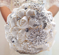 Hot Sale Luxury Gorgeous Wedding Bridal Bouquets Elegant Pearl Bride Bridesmaid Wedding Bouquet Crystal Sparkle Customized W228