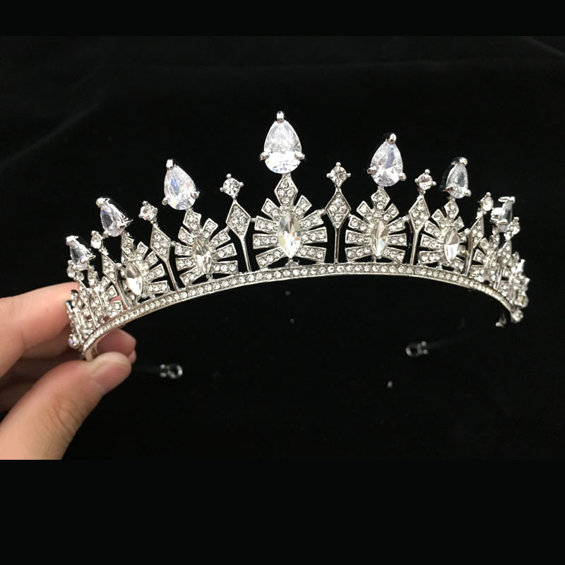 SLBRIDAL Silver Clear Crystal Rhinestones Cubic Zircon Wedding Tiara CZ Brude Queen Princess Pageant Crown Brudepiker Kvinner