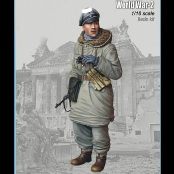 1/16 resin figure soldier model kit World War II military officer gk hand to do white model war 124