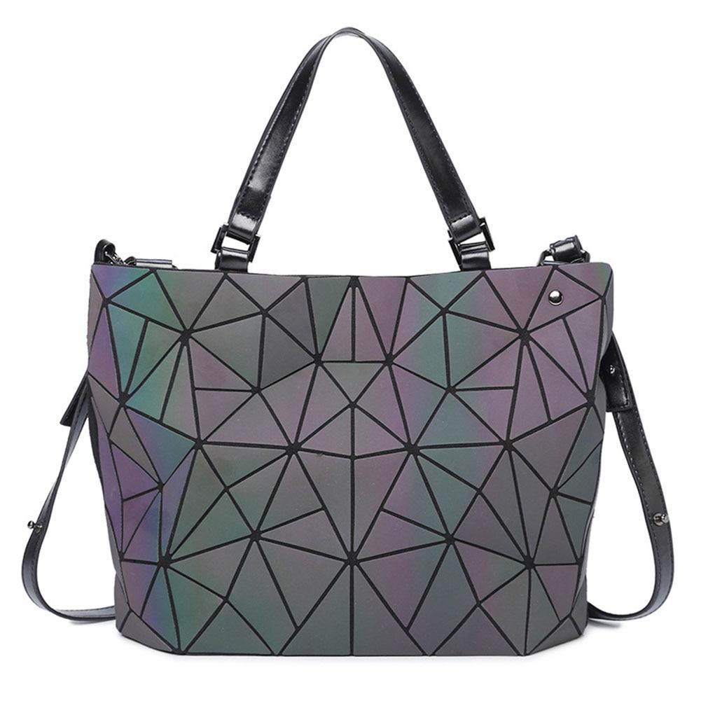 Woman Large Capacity Cross Body Shoulder Bag Lingge Fashion Bright Handbag Rucksack Zipper Geometric Messenger