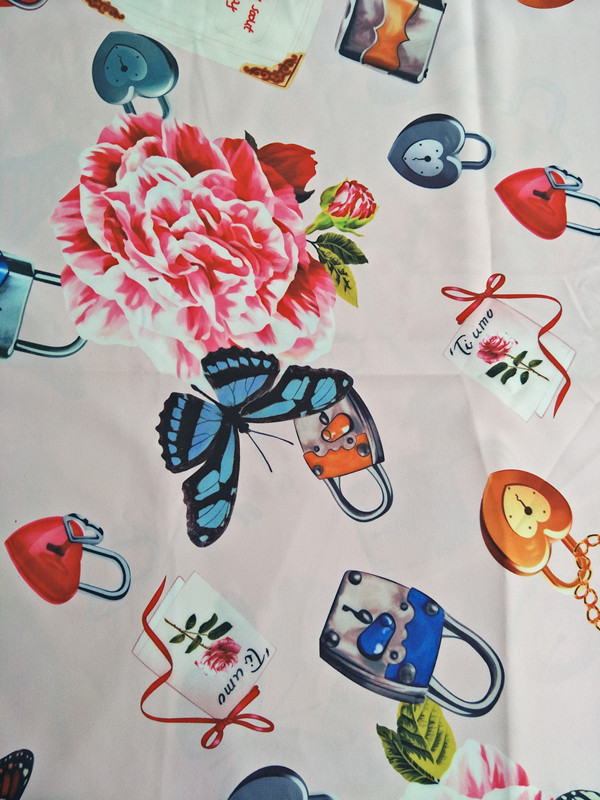 100X145cm Romantic Theme Fresh Witty Collection with Padlock and Butterfly Polyester Fabric for Woman Summer Dresses DIY-AF445