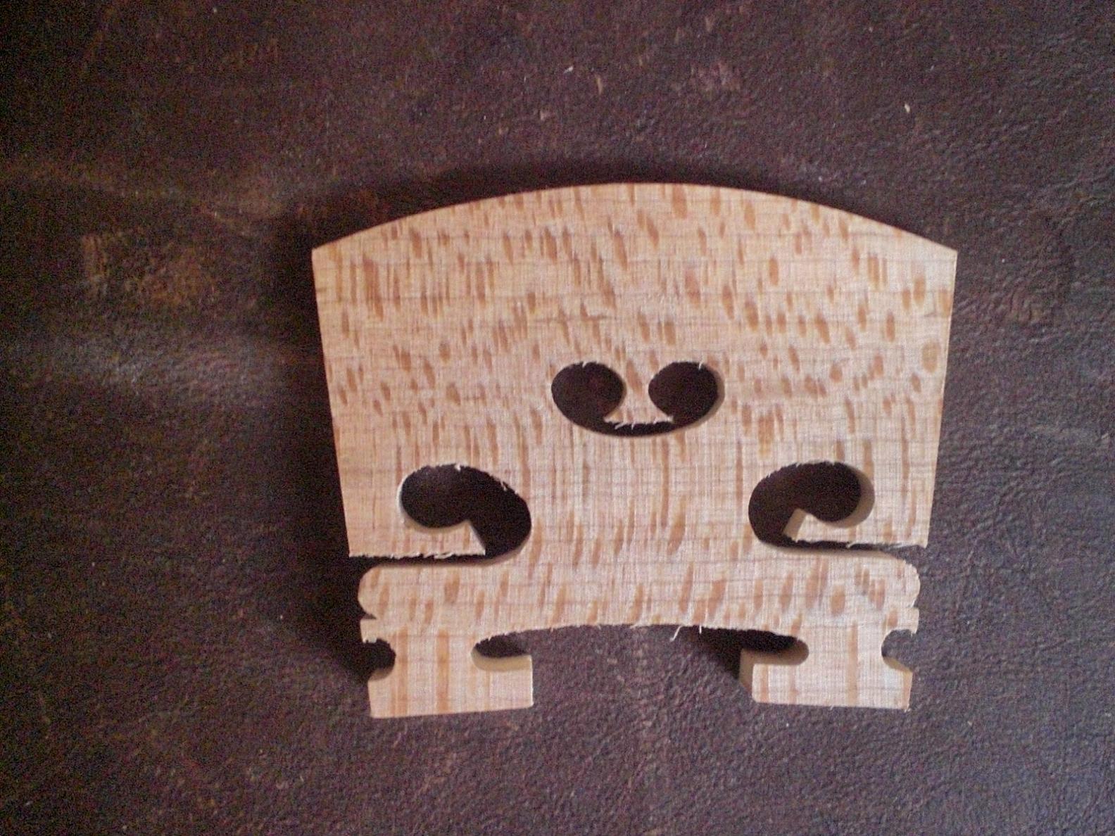 30 대의 PC 4/4 메이플 바이올린 다리 노화 된 단풍 나무 다리 바이올린 부품