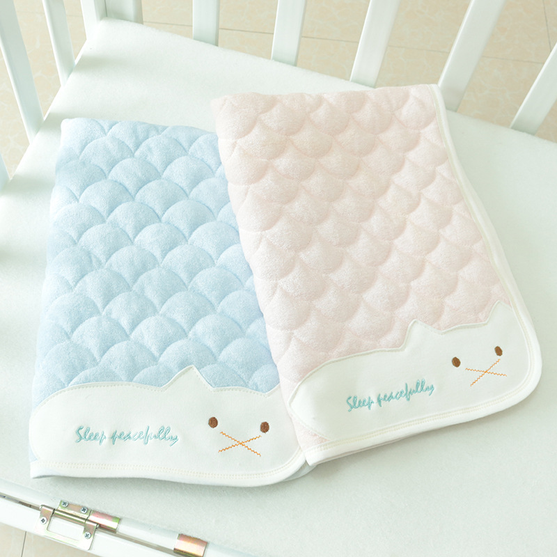 2 Size Baby Nappy Waterproof Reusable Changing Diaper Pad High Water Absorbing Diaper Covers Washable Portable Changing Pads