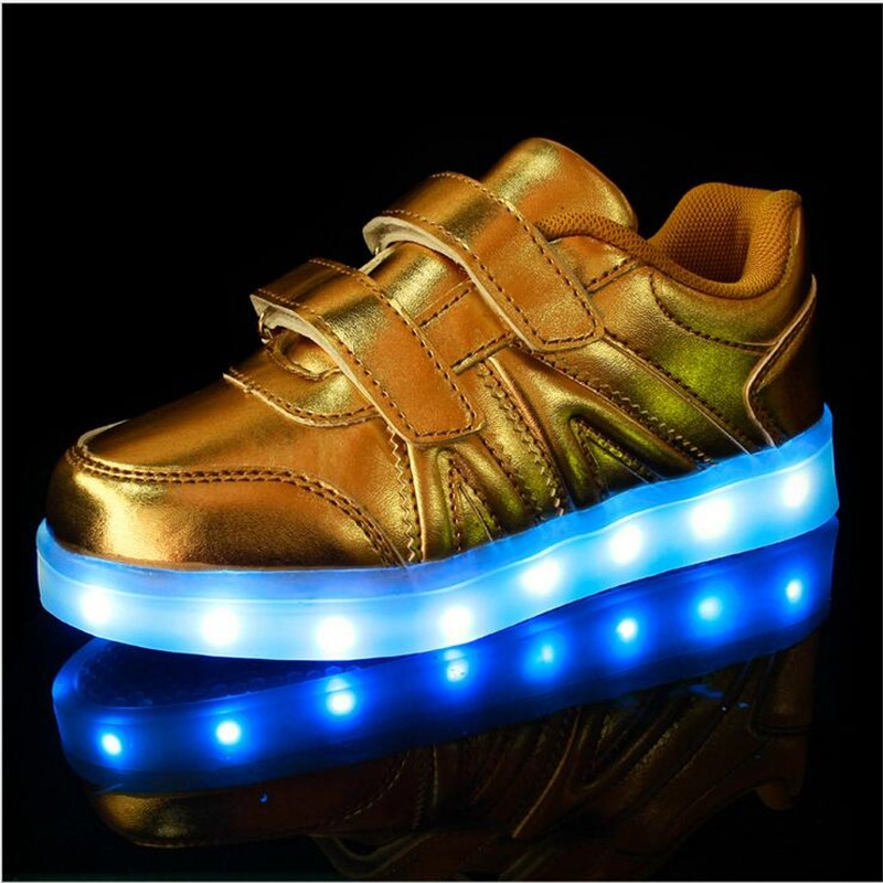 2016 New Fashion Sneaker With LED Lights Colorful Running Casual Shoes for Kids Children Boys and Girls Enfant Walking Shoes PU 1