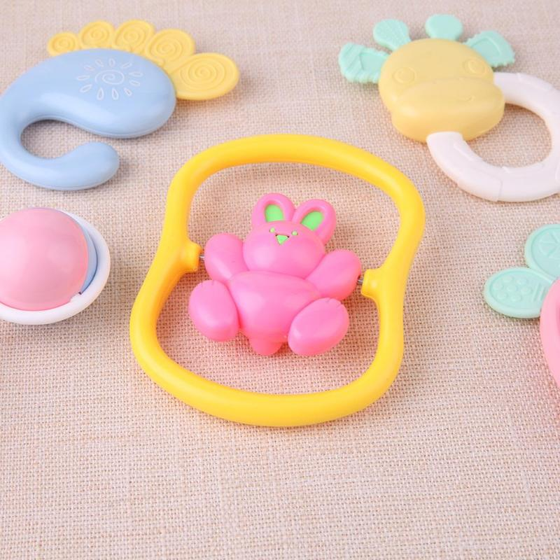 Baby Teether Cute Cartoon Rattles 8pcs/Set Baby Rattles Teether Toy Music Hand Shake Bed Crib Educational Toy Favorite Gift