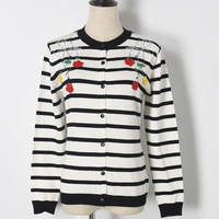 2017 Autumn Panelled Stripe Pattern Flower Appliques Knitwear Cardigan Round Neck Fashion All Matched Single Breasted
