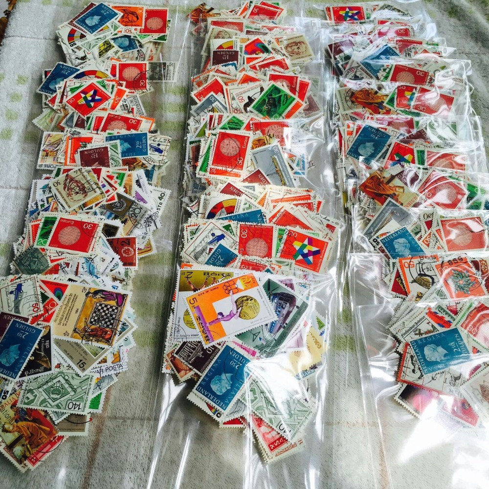 300 PCS/Lot No Repeat Postage Stamps Collections From All Over The World With Post Mark Stamp Postal All Used For Collection ...