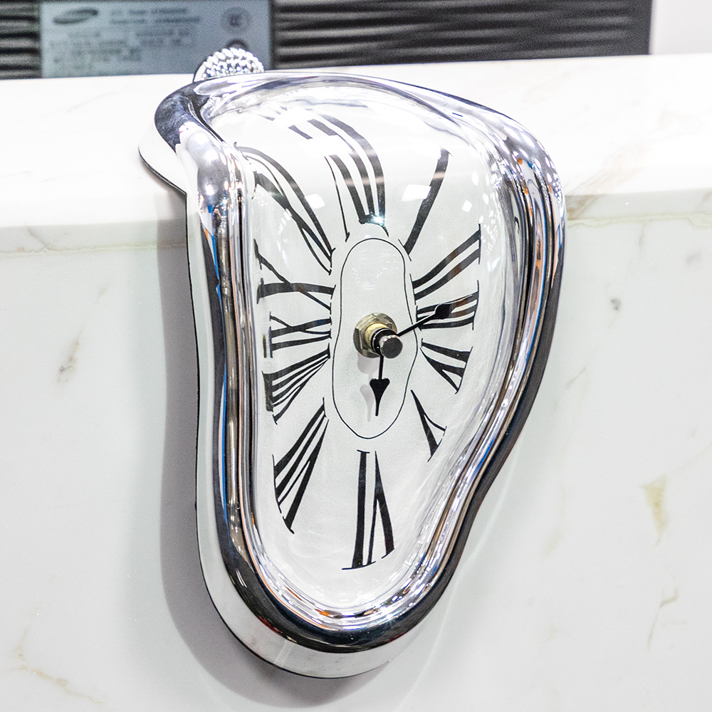 Novel Surreal Melting Distorted Wall Clocks Surrealist Salvador Dali Style Wall Watch Decoration Gift BestSelling2018Products!!(China)