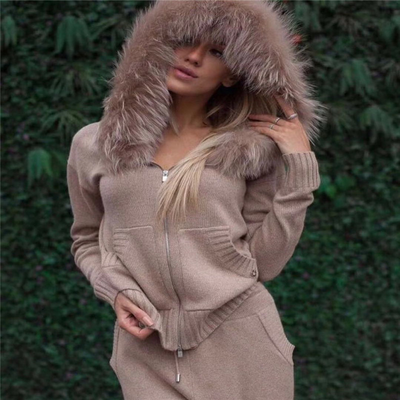2019 Top Fashion Real Winter Thick Cashmere Suit Female Fashion Fox Fur Collar Hooded Cardigan + Trousers Knitted 2 Piece Woman