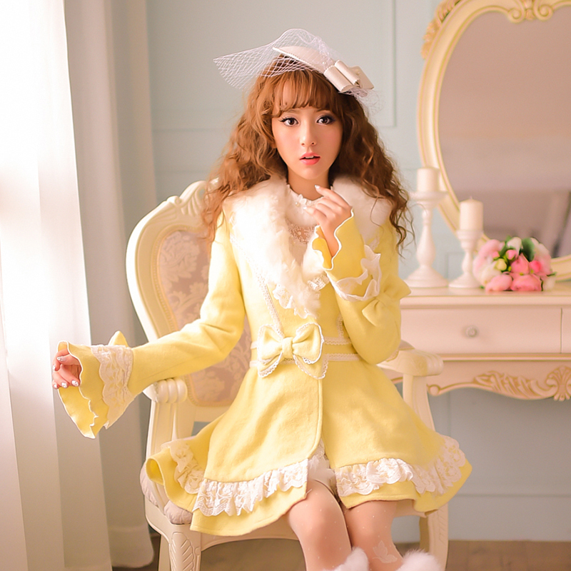 Princess sweet lolita coat Candy rain winter warm Japanese style new Furry collar The horn sleeve Woolen cloth coat C15CD5879 princess sweet lolita coat candy rain original new winter japanese style rabbit fur lace bow cotton padded jacket pink coat ab02