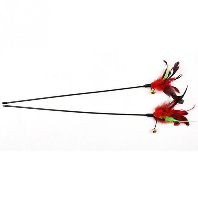 65 cm NUOVO Filo Colorato Piuma Gatti Giocattoli Su UNA Canna Belling Colorful Feather Teaser Gioco Pet Dangler Gattino Piuma bacchetta Giocattoli