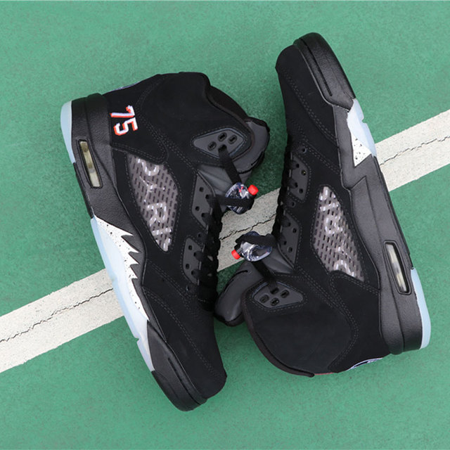 724e759c0dc74 Basketball Shoes Men Jordan Retro 5s 5 PSG Black White Sneakers Man Zapatos  hombre Outdoor Sport shoes Size 40-46
