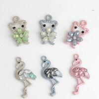 Freies Verschiffen 30 Stücke Niedlichen Tier Floral Bär Anhänger Charms Strass Flamingo Vogel Armband Halskette Schlüsselanhänger Metall Charme Handwerk