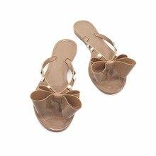7e0d1753c42f 2018 frauen Bogen Sandalen und Hausschuhe Schuhe Solide Flip Flop Gelee mit  Perle Taste Schuhe(