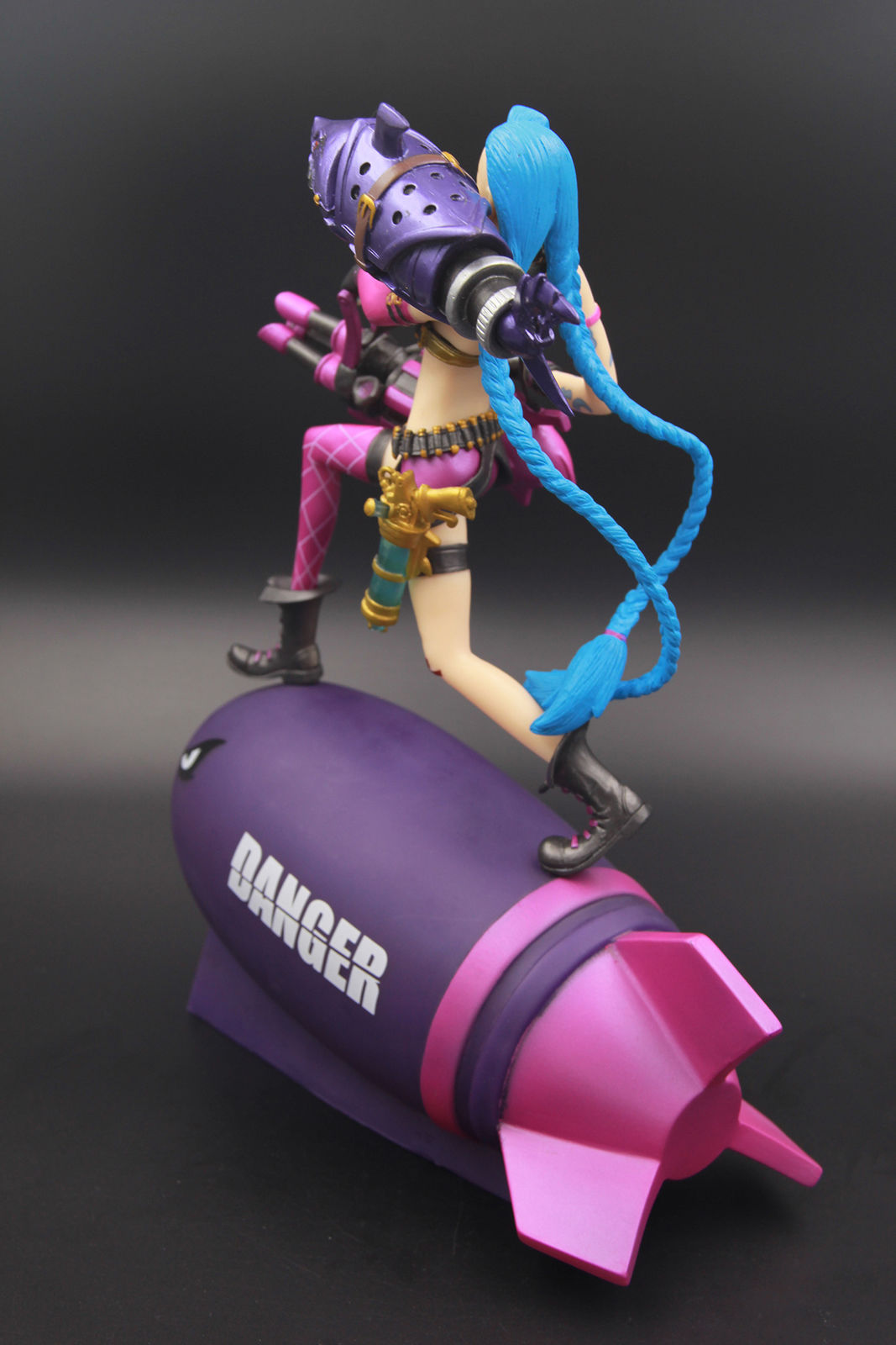 LOL League Marksman Loose Cannon Jinx Rocket Figure Statue Model New Anime Figure Collectible Model Toy Of Legends 1