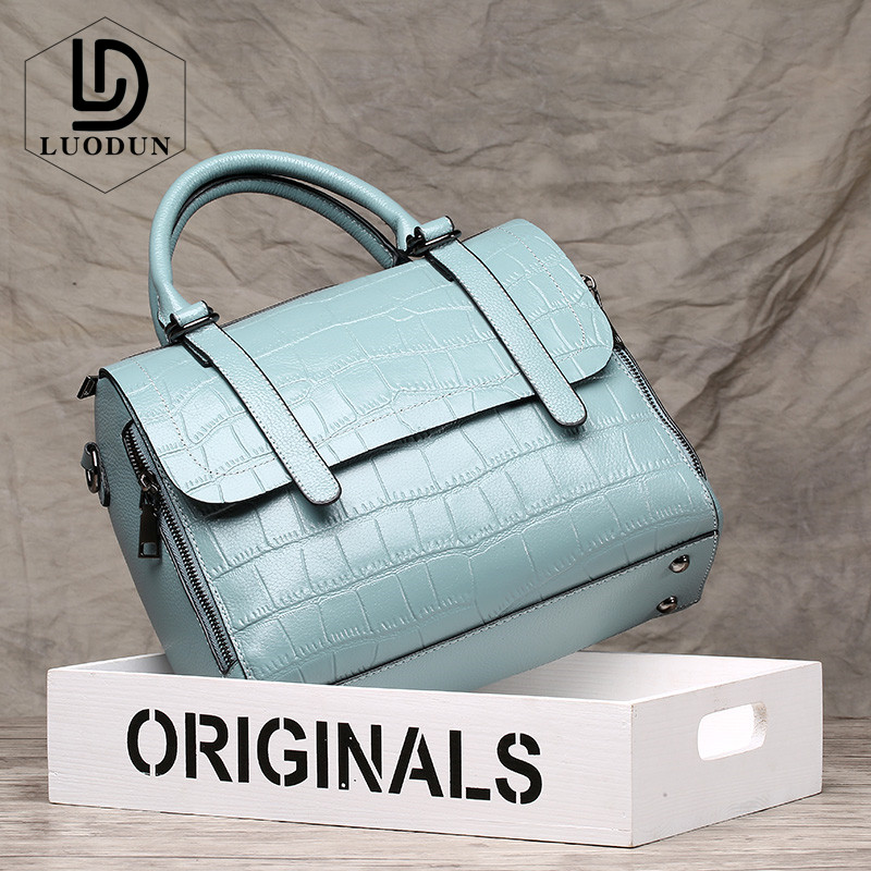 LUODUN Famous Brand 2018 spring and summer new cowhide handbags small square bag leather shoulder Messenger bag ladies bag цена
