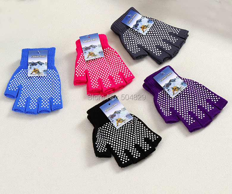 Wholesale Yoga Gloves Fitness Lady Non slip Professional Glove Sports Exercise Training Half Fingers Woman Cotton