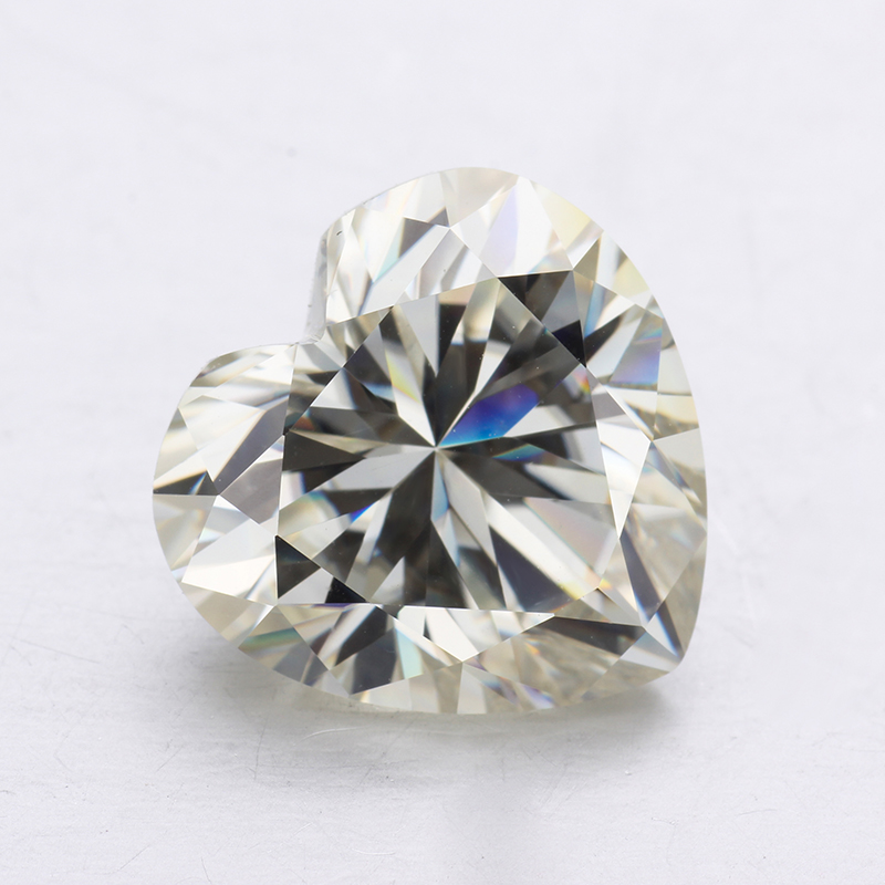 1.2 carat IJ Color Loose Moissanites 7*7mm Heart Shape Brilliant Cut Moissanites Stone for Jewelry Making