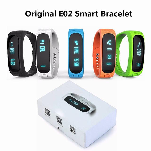 E02 Bluetooth 4.0 Smartwatch Relógio Pulseira com Chamada Gestão Anti-lost Lembrete Sono Pedômetro Relógios Inteligentes de Controle Da Câmera