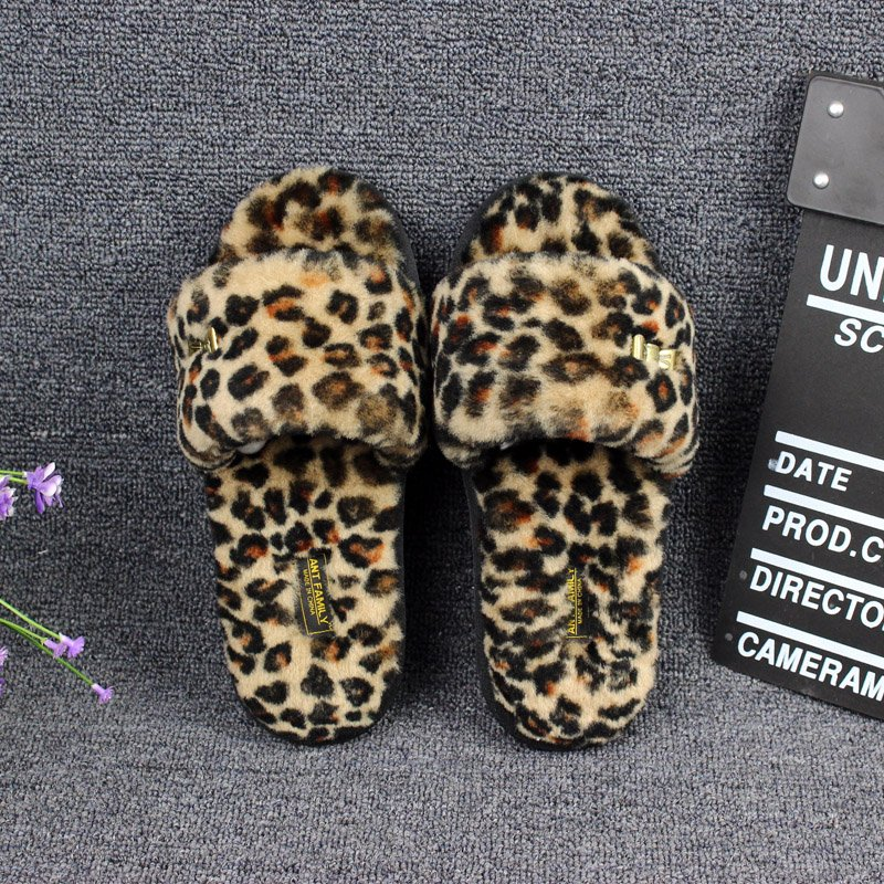 Genuine natural Fur shoes Woman indoor floor slippers home Leopard wool slippers winter shoes flats sweet