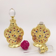 Wholesale Customize Luxury Vintage Perfume Bottle Crystal Perfume Containers Glass Roller Essential Oils Bottles Cosmetic Bot цена в Москве и Питере