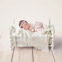 Dvotinst Newborn Baby Photography Props White Princess Iron Posing Bed Fotografia Accessories Infant Studio Shoots Photo Prop